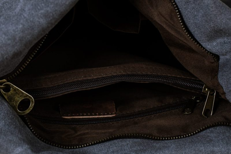 Northern light shoulder bag grey inside