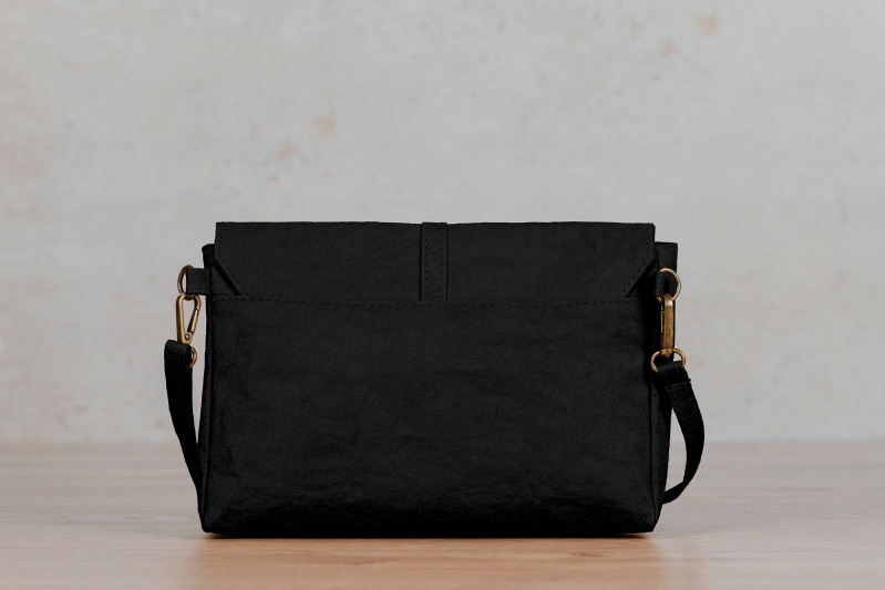 paper bag mila northern light black 03